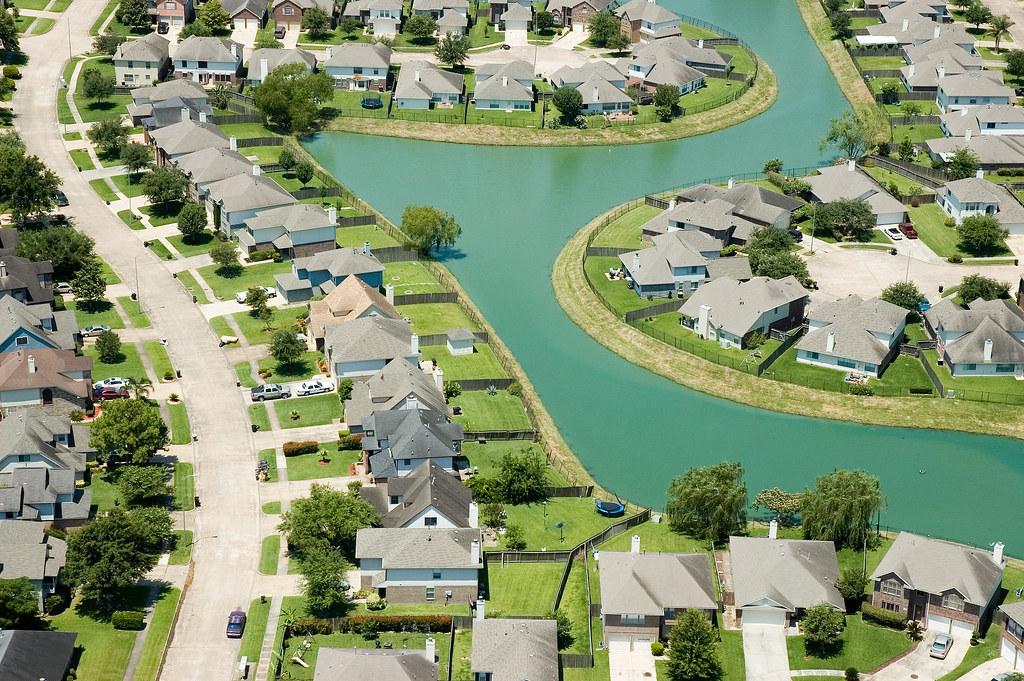 Houston vs dallas fort worth pasadena galveston ski for How far is waco texas from houston texas