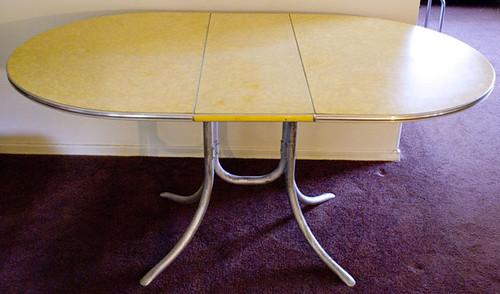 *SOLD* Yellow Diner Table *SOLD*