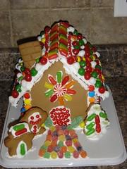 gingerbread house, gingerbread, food, cake decorating, icing, dessert,