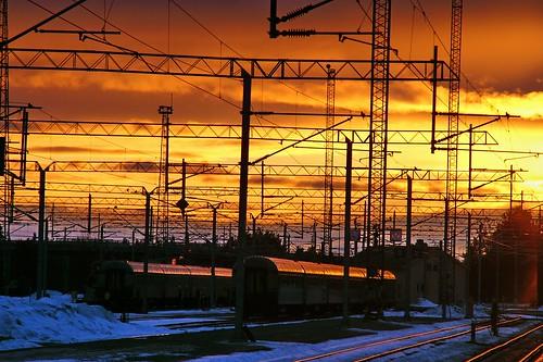 travel viaje sunset station suomi finland geotagged rovaniemi lappland railway railwaystation finlandia laponia 50club luciojosemartinezgonzalez holidaysvacanzeurlaub geo:lat=664978333333333 geo:lon=257055 estacióndelferrocarril