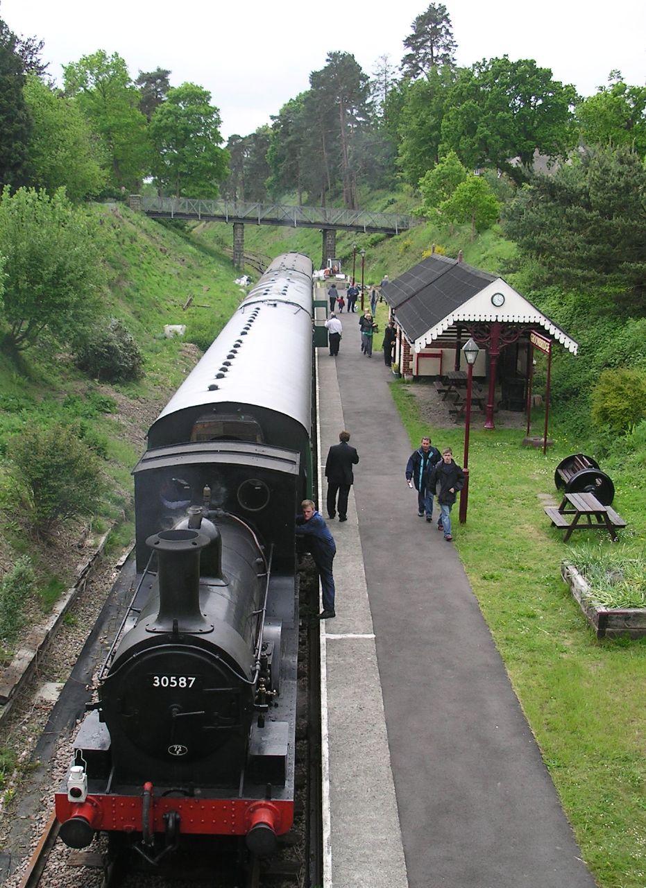 Book 3, Walk 19, Frant to Tunbridge Wells 4 Groombridge Station, Spa Valley Railway, 7 May '07