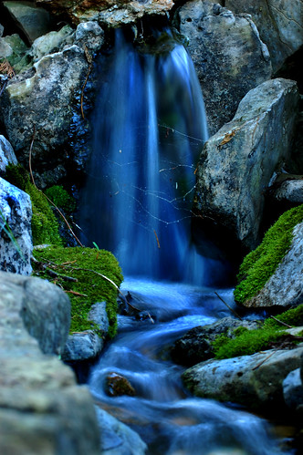 blue green nature water beauty rock waterfall moss nikon spiderweb magical breathtaking perfection naturesfinest slowwater d40 annamorris impressedbeauty superaplus aplusphoto kryger flickrphotoaward annakryger