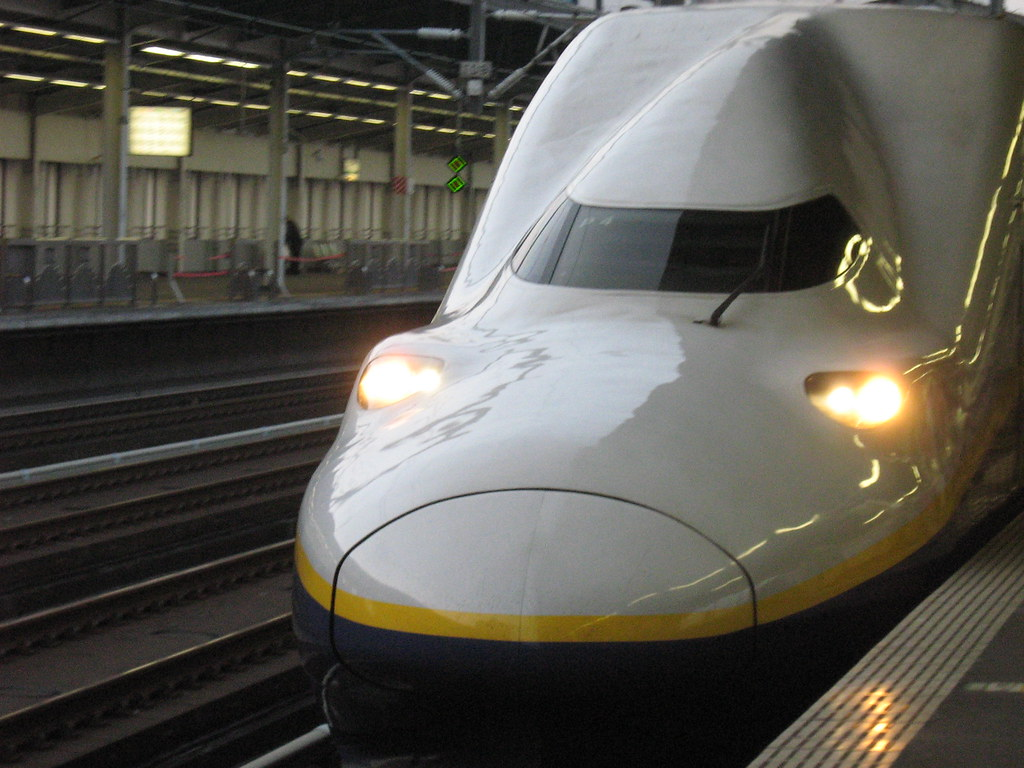 Shinkansen (bullet train) at Utsunomiya