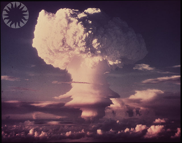 WEAPONS, TESTS, NUCLEAR BOMBS, HYDROGEN BOMB (1950s ...