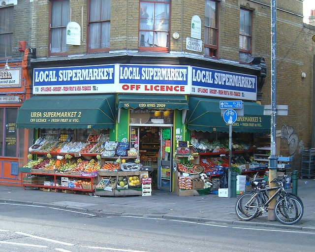 Local Supermarket, Lower Clapton, Fujifilm MX-1700ZOOM