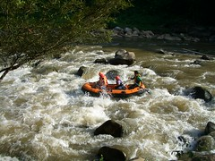 whitewater kayaking(0.0), stream(1.0), vehicle(1.0), sports(1.0), rapid(1.0), river(1.0), recreation(1.0), outdoor recreation(1.0), boating(1.0), extreme sport(1.0), water sport(1.0), boat(1.0), raft(1.0), rafting(1.0),