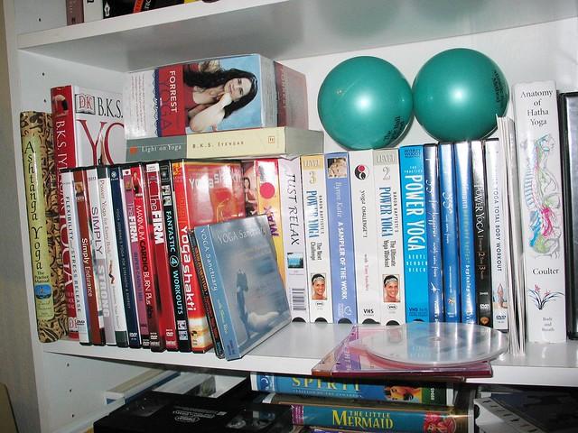 Yoga shelf