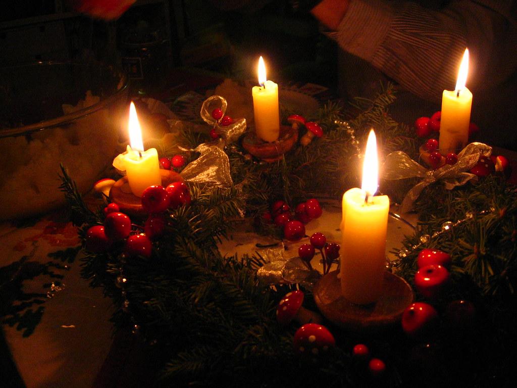 the catholic tradition advent wreath. Black Bedroom Furniture Sets. Home Design Ideas