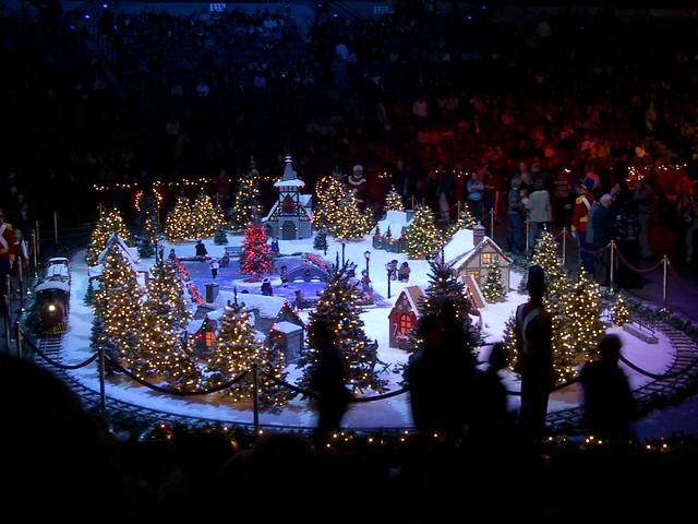 Mannheim steamroller concert dates 2014