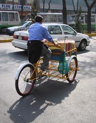 bicycle trailer, wheel, vehicle, mode of transport, land vehicle,