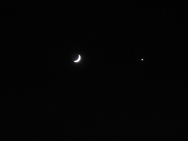 Moon And Venus At Night Flickr Photo Sharing
