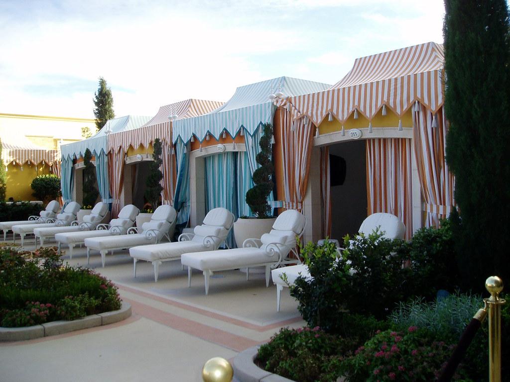 Wynn Las Vegas Cabana Pool Area Jpg A Photo On Flickriver