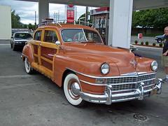 plymouth cranbrook(0.0), automobile(1.0), automotive exterior(1.0), vehicle(1.0), gaz-12 zim(1.0), full-size car(1.0), mid-size car(1.0), compact car(1.0), antique car(1.0), sedan(1.0), classic car(1.0), vintage car(1.0), land vehicle(1.0), luxury vehicle(1.0), motor vehicle(1.0),