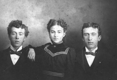 Lunenburg family hair genes