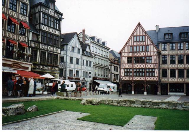 Le marché place St Marc in Rouen