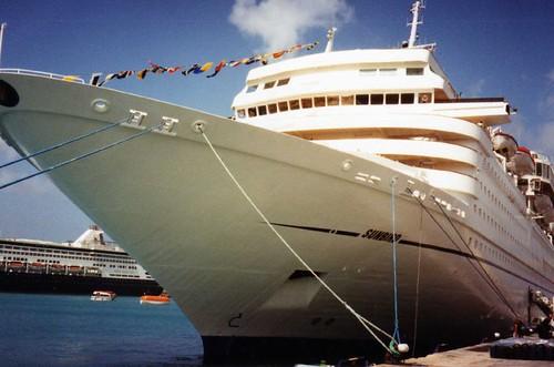 Cruises Ships
