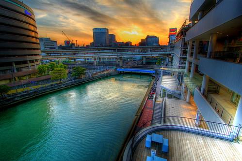 sunset urban japan river twilight waterfront shoppingmall yokohama kanagawa 横浜 hdr endofday 神奈川県 アジア photomatix interestingness166 i500 bayquarter yokohamaquarters