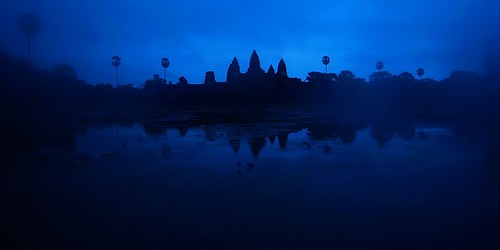 travel blue panorama color 20d architecture digital sunrise canon photo interestingness interesting asia cambodia flickr canon20d explore turbo siem reap angkor wat 日落 柬埔寨 吳哥窟 magiccolor 日出 douban top500 i500 turbophoto