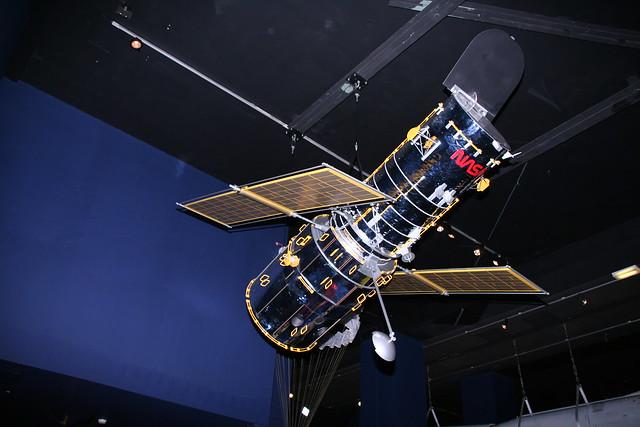 pennwalt model hubble space telescope - photo #19