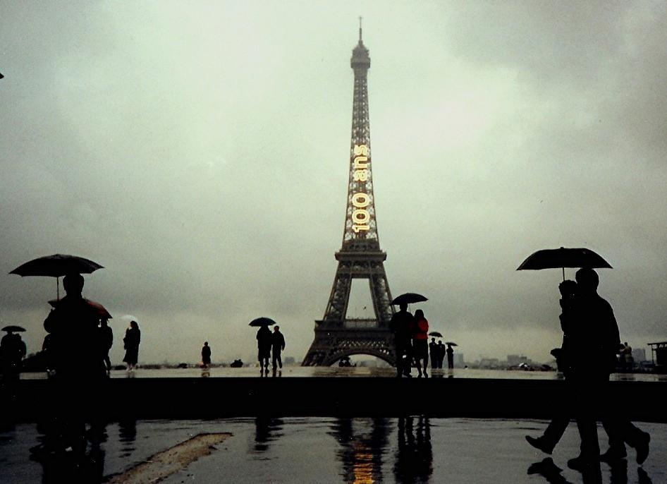 paris in the rain paris sous la pluie flickr photo sharing. Black Bedroom Furniture Sets. Home Design Ideas