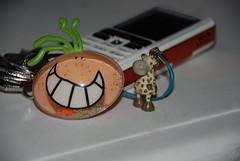 hand(0.0), glasses(0.0), jewellery(0.0), keychain(1.0),