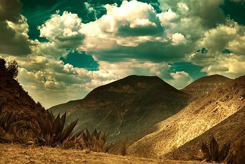sky mountains clouds landscape mexico explore cielo nubes cerros myfavs montañas sanluispotosi dflickr colorphotoaward aplusphoto dflickr180307 realddecatorce