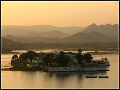 Jagmandir Island