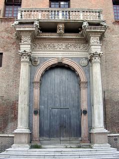 Изображение Palazzo Prosperi-Sacrati. city italy italia palace porta portal ferrara marble palazzo città emiliaromagna romagna marmo portale prosperi sacrati