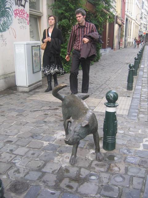 Peeing Dog Statue Molds Australia