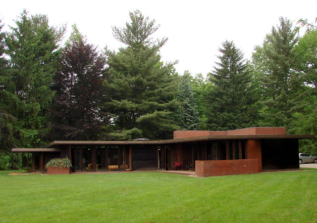 Oberlin frank lloyd wright 1 flickr photo sharing for Frank lloyd wright modular homes