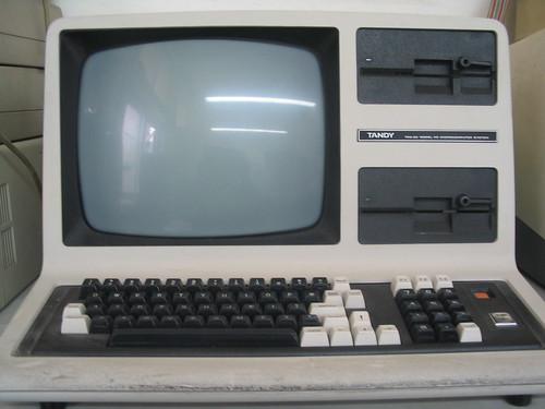 TANDY TRS-80 MODEL 4D