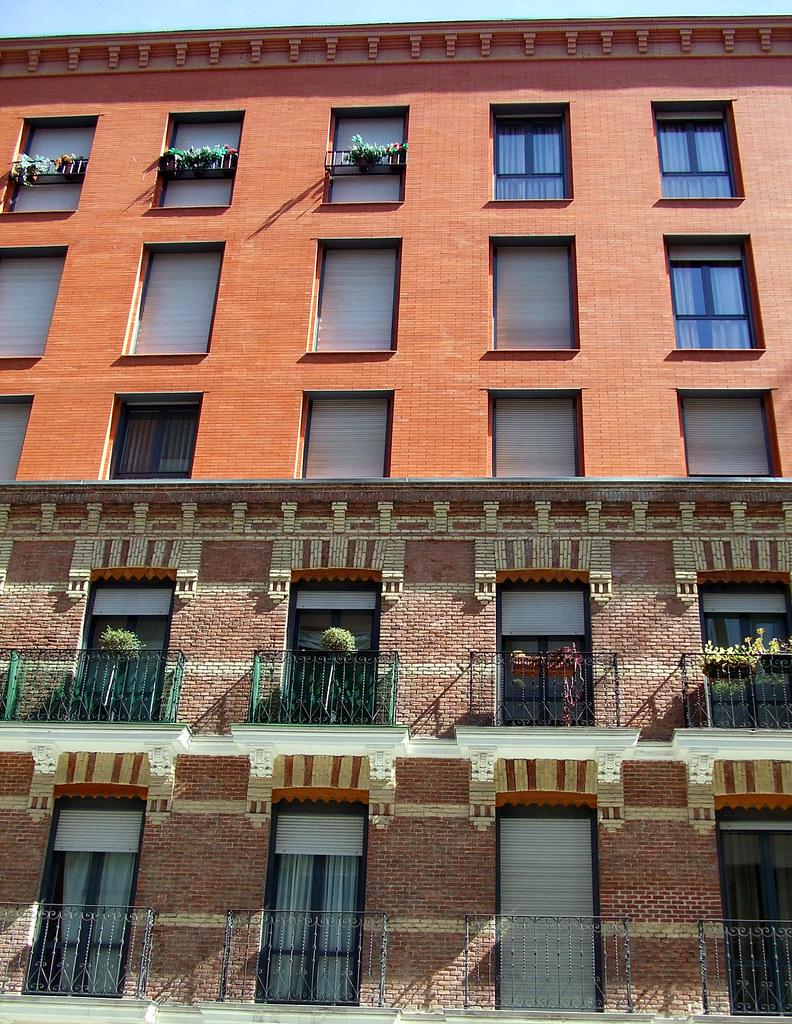 Calle Garcia De Paredes Uno O Dos Edificios Soluciones A Flickr