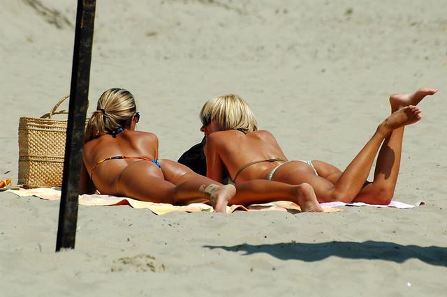 Naked Suntanning Women 80