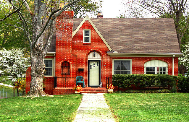 Small brick house flickr photo sharing - Small belgian houses brick ...