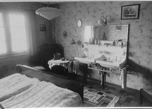 Dutch Bedroom 1930s 2 A Photo On Flickriver