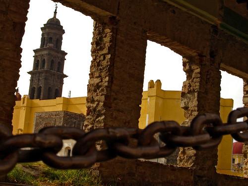 Encadenado / Chained