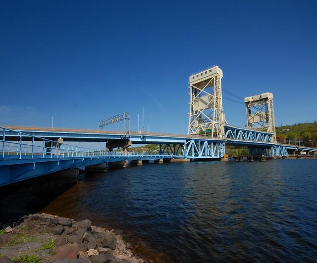 Portage lake lift bridge webcam