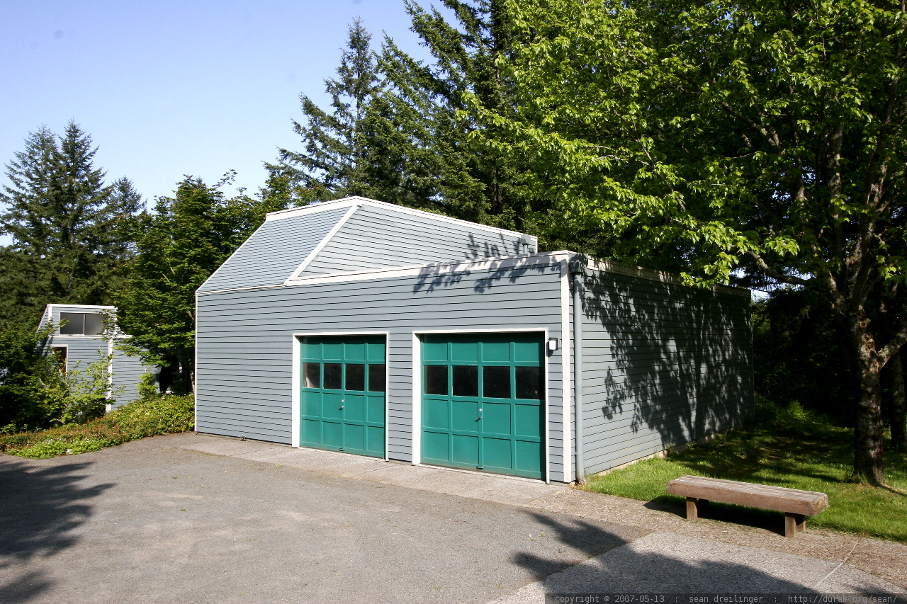 Photo two car garage studio with basketball court and for Garage with studio