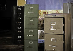 drawer, chiffonier, room, chest of drawers, chest, filing cabinet, locker,