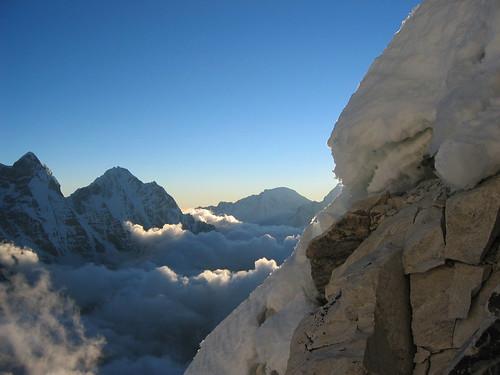 nepal sunset snow mountains expedition climbing himalaya khumbu amadablam node:id=178