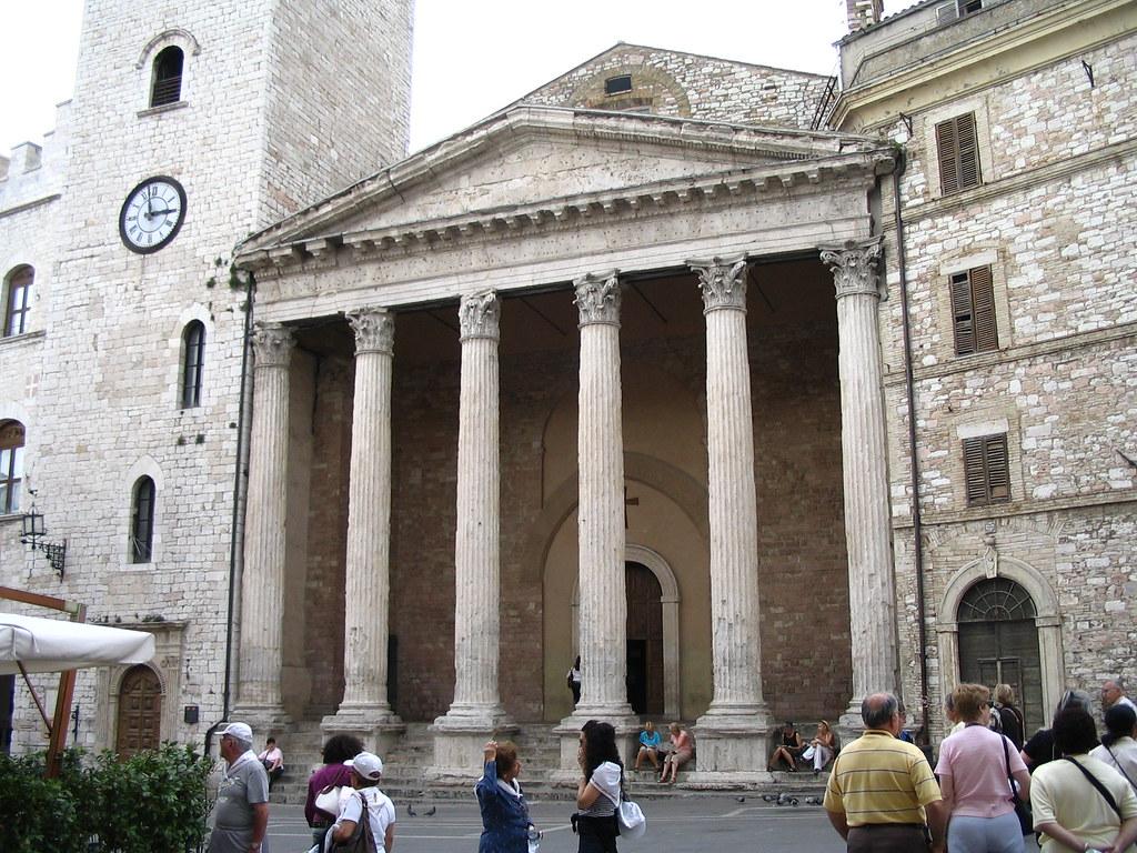 H Assisi Ist century Tempio di Minerva on site of old Roman forum