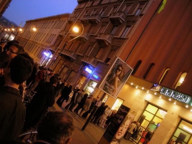 I Torinesi in coda al Cinema Massimo per ricordare Primo Levi