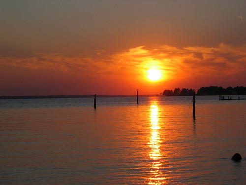 2005 sunset orange sun water canon river photography virginia photo powershot va a80 shutterbri brianutesch brianuteschphotography