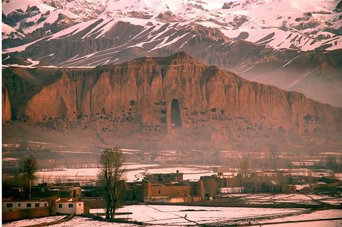 afghanistan bamyan cave buddha mountains hindu kush