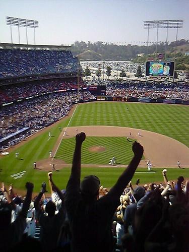 Dodgers Win! Dodgers Win!