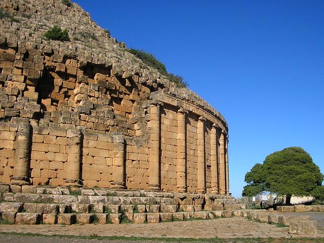 Tombeau de la chretienne, Tipasa