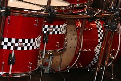 string instrument(0.0), drummer(0.0), timbale(0.0), hand drum(0.0), timbales(0.0), tom-tom drum(1.0), percussion(1.0), bass drum(1.0), snare drum(1.0), drums(1.0), drum(1.0), skin-head percussion instrument(1.0),