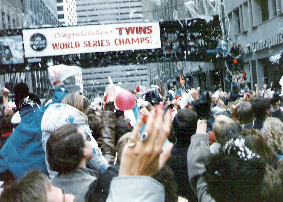 Twins 1987 parade