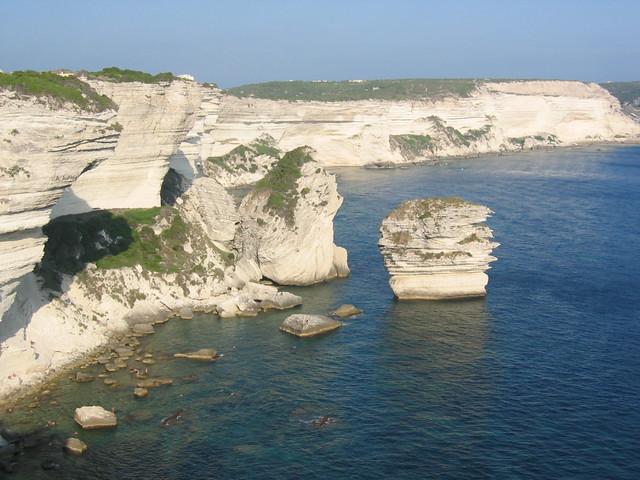 Bonifacio is de 1e bezienswaardigheid uit de Bezienswaardigheden Corsica Top 10