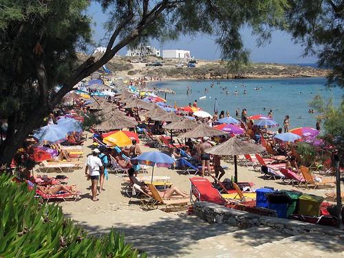 aa 90 Paros beach club